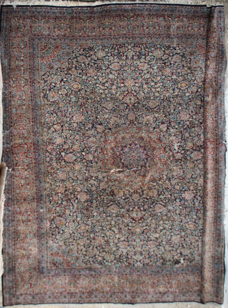 R6928 Fine Persian Kerman Carpet