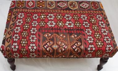 R5932 Kilim Ottoman