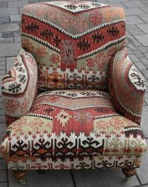 R3982 Howard Kilim Chair