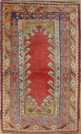 F1304 Turkish Milas Rug