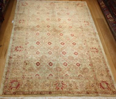 R8467 Afghan Ziegler Carpets