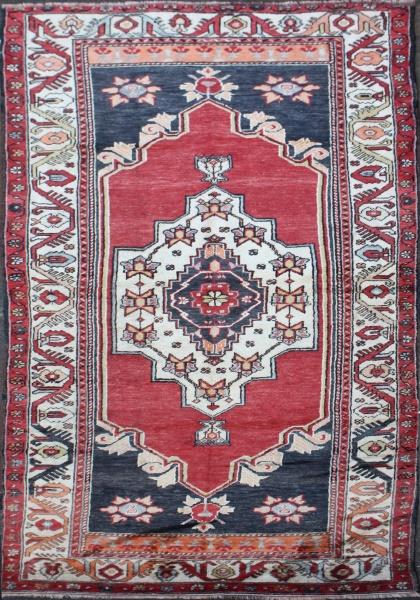 R1523 Anatolian Yoruk Carpet