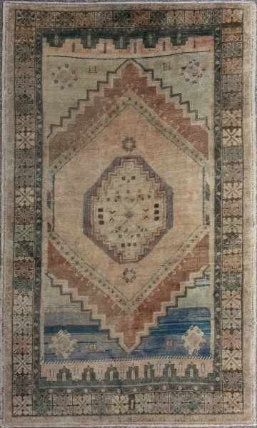 R4428 Antique Anatolian Rug