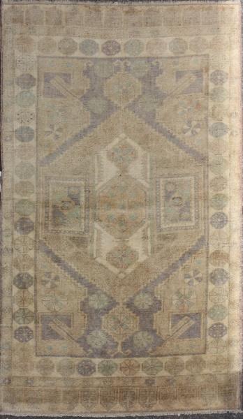 R4444 Antique Carpet