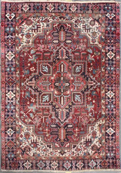 R1127 Antique Heriz Carpet