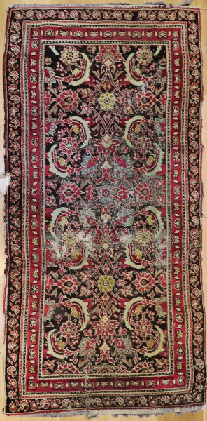R7316 Antique Indian Agra Rug