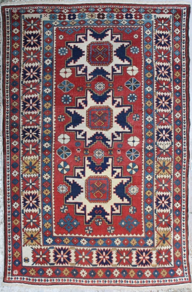 R1155 Antique Kazak Rugs