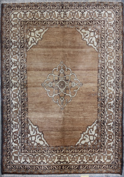 R374 Antique Oriental Carpet