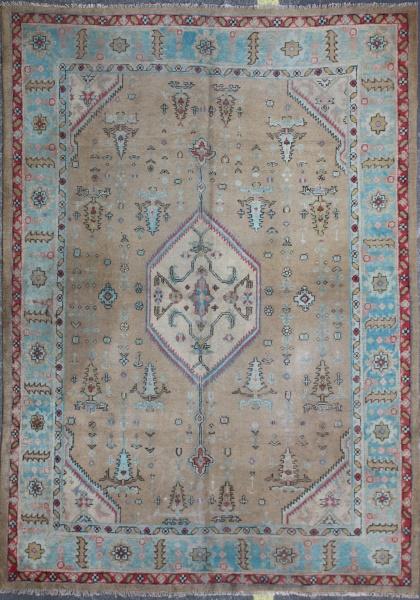 R5323 Antique Oriental Carpet