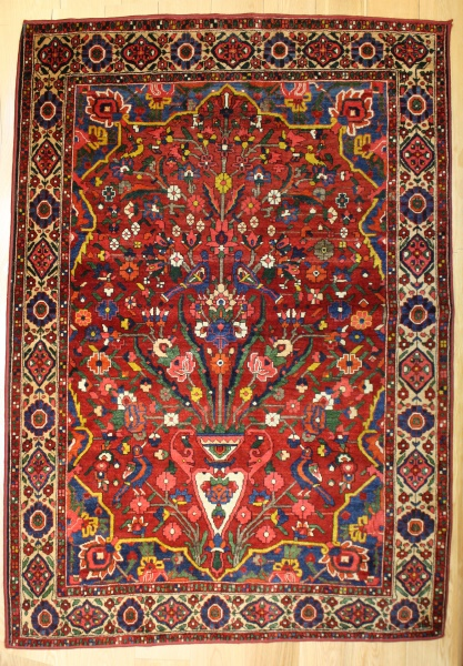 R8607 Antique Persian Carpets