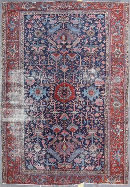 R3983 Antique Persian Heriz Carpet