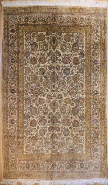 R6048 Antique Persian Tabriz Carpet