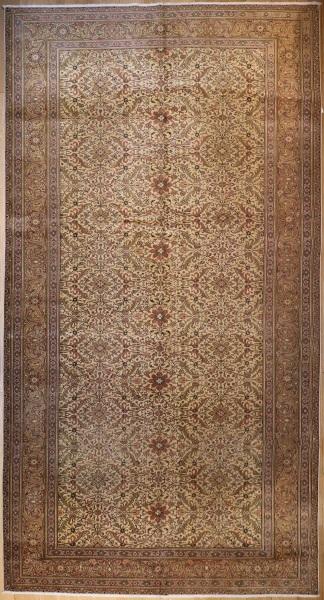 R4122 Antique Persian Tabriz Carpet