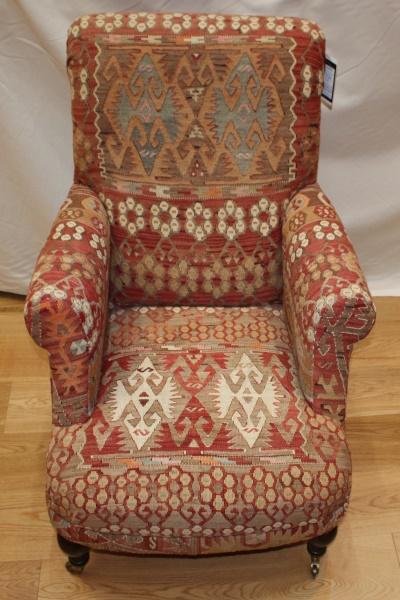 R6035 Antique Study Kilim Chair