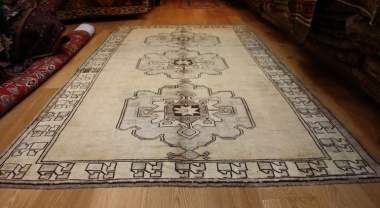 R3703 Antique Turkish Carpet