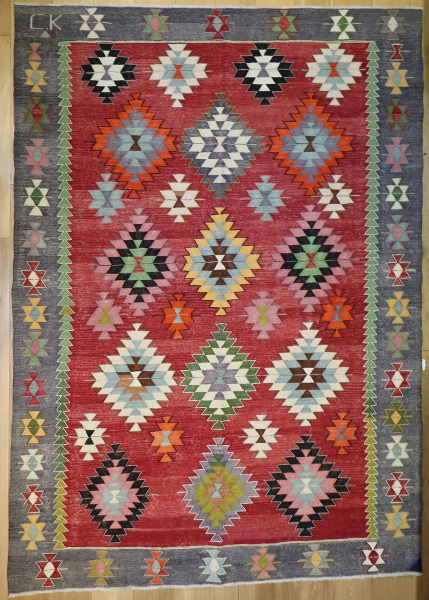 R8907 Antique Turkish Kilim Rug