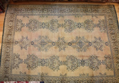 Antique Turkish Ushak Carpet London R5332