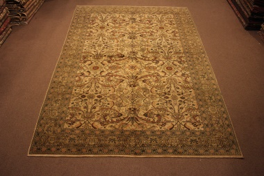 R8595 Beautiful Decorative Turkish Carpet
