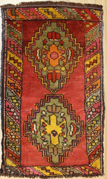 Beautiful Hand Woven Vintage Turkish Rugs R7531
