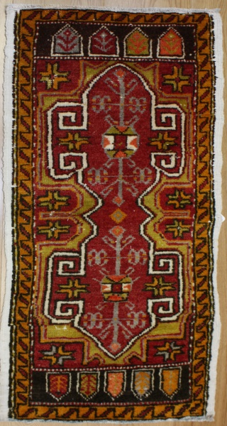 Beautiful handmade Turkish Rug R7198
