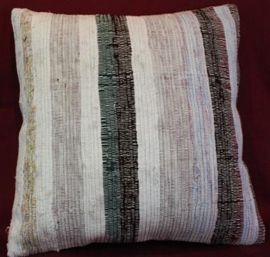 Beautiful Persian Kilim Cushion Cover L572