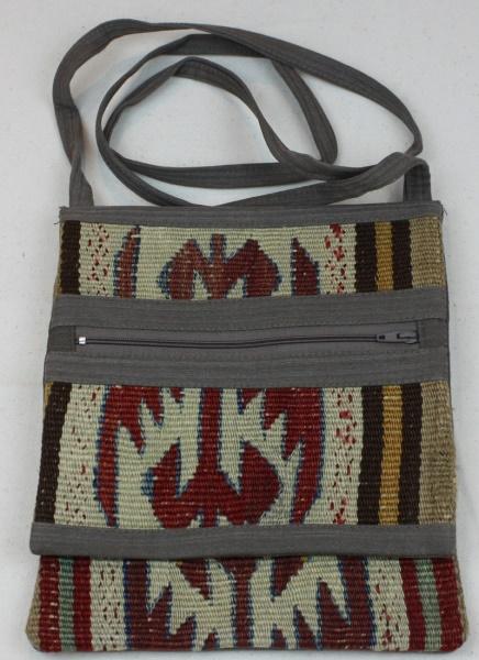 Beautiful Small Kilim Handbag H91