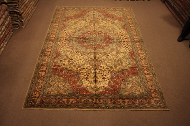 R8593 Beautiful Vintage Persian Carpet