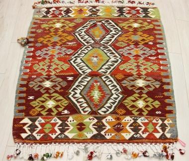 R8936 Beautiful Vintage Turkish Kilim Rugs