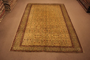 R8592 Decorative Antique Persian Carpet