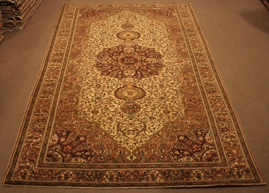 R8600 Decorative Antique Persian Carpet
