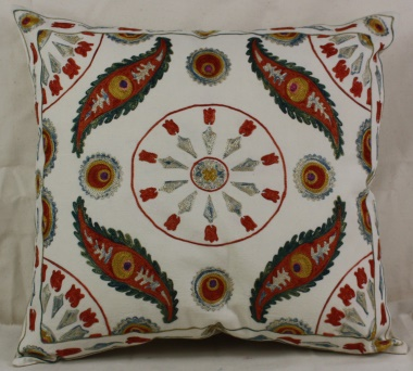 C43 Decorative Silk Suzani Cushion Cover
