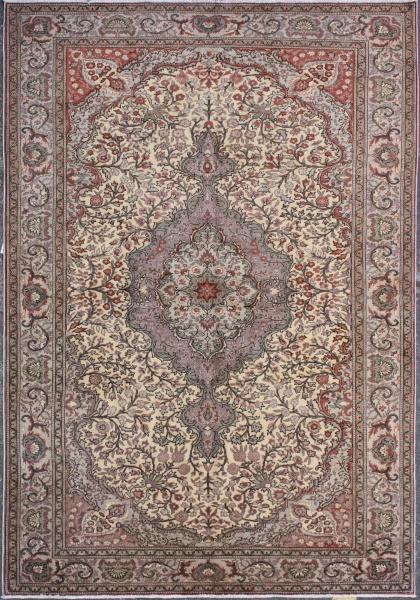 R3697 Fine Persian Tabriz Carpet