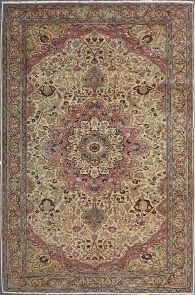 R4104 Fine Carpet