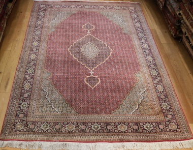 Fine Persian Silk and Wool Tabriz Carpet R9057