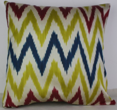 i19 Handmade ikat pillow cover