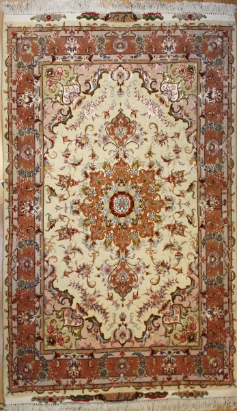 Handmade Persian Silk and Wool Tabriz Rug R8441
