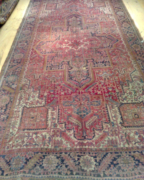R3357 Heriz Carpet