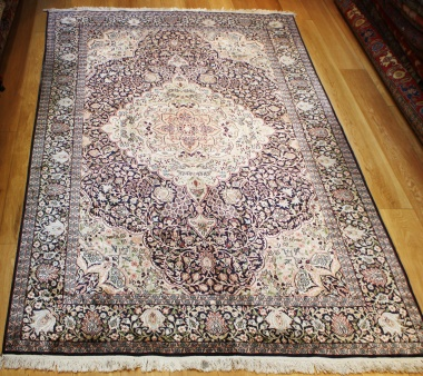 R8626 Indian Kashmir silk Carpets