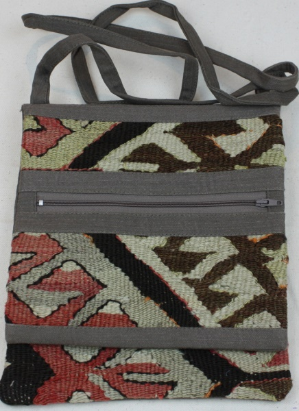 Luxurious handmade Kilim bag H113