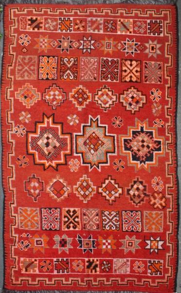 R6951 Antique Moroccan Carpet