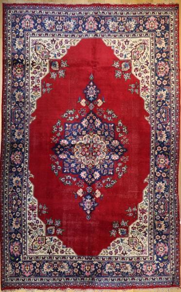 R367 Persian Kashan Carpet