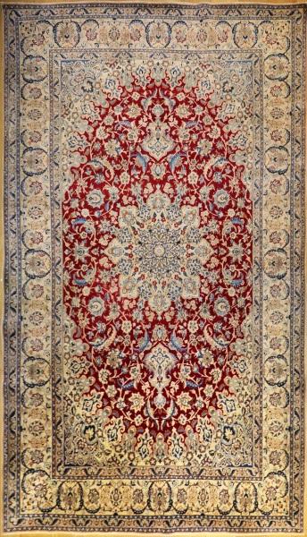 R6064 Persian Silk and wool Nain Carpet