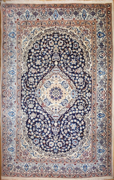 Beautiful Hand Woven Persian Silk And Wool Nain Carpets 9034