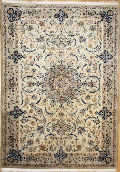 R8463 Persian Silk and wool Nain Rugs