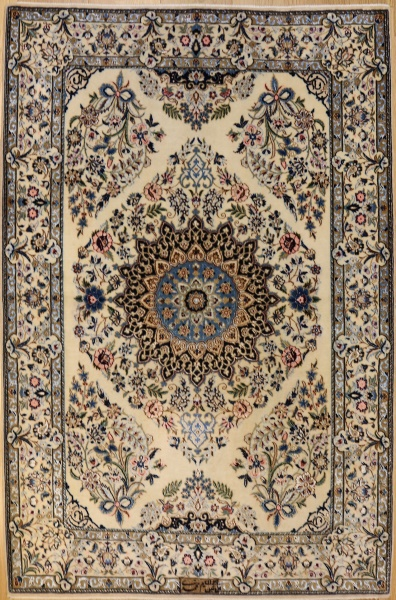 R6947 Persian Silk and Wool Nain Rug