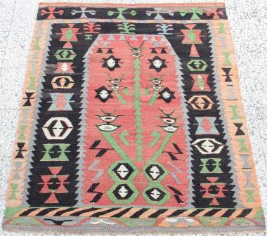 R8624Vintage Turkish Kilim Rug