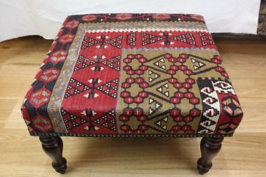 R4762 Rug Store Kilim Stool Tables