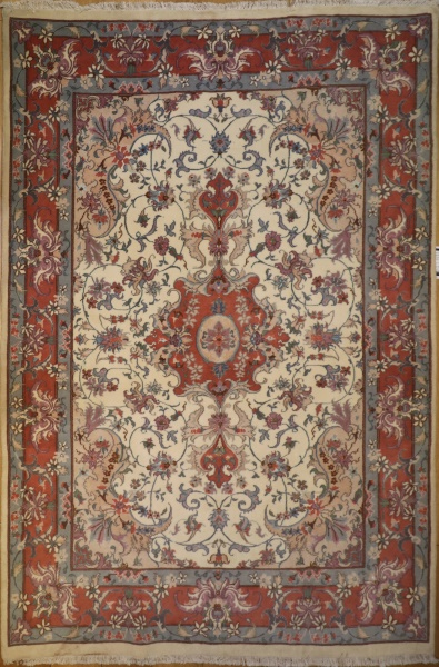 R6448 Silk and Wool Isfahan Carpet