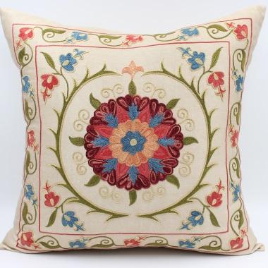 C52 Silk Suzani Cushion Cover