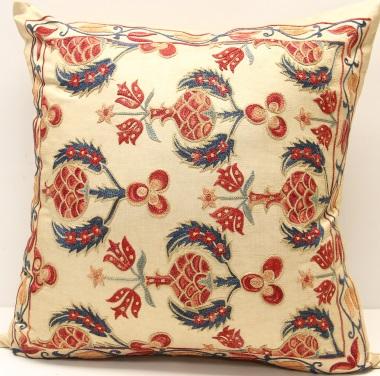 C84 Silk Suzani Cushion Cover